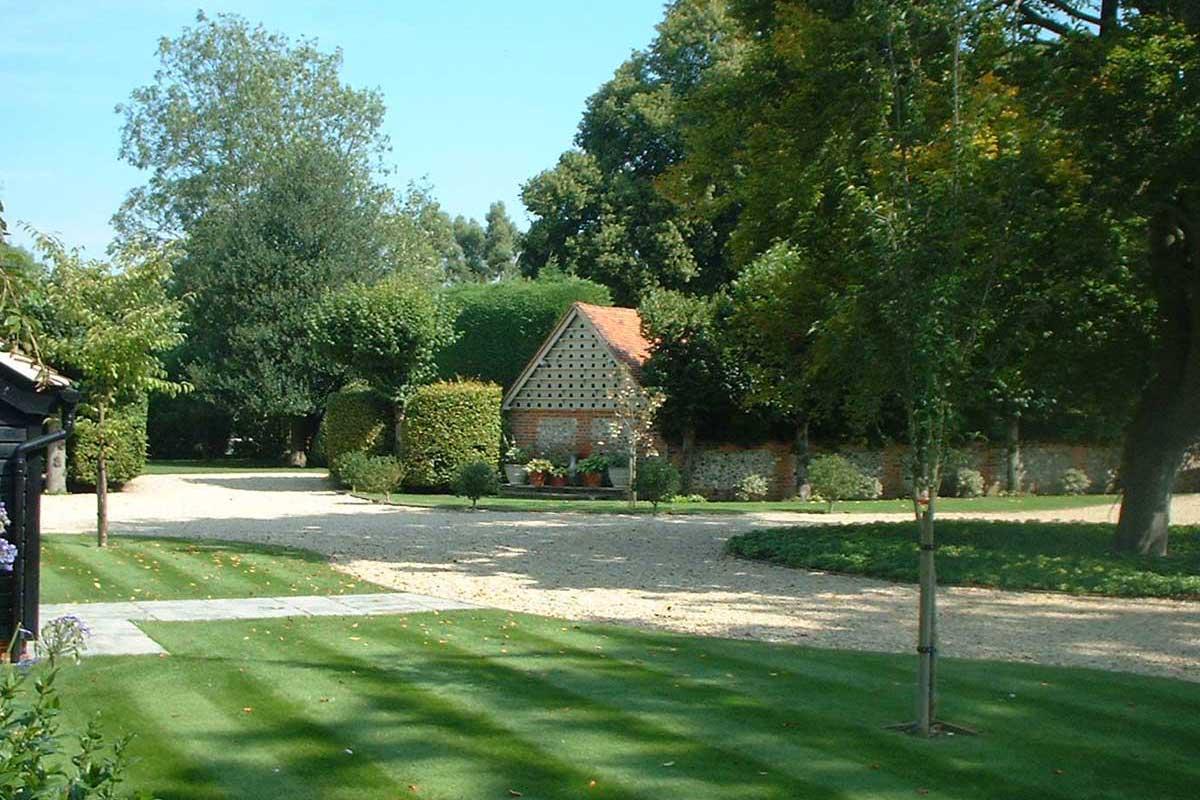 Manor house garden design co for Garden design company
