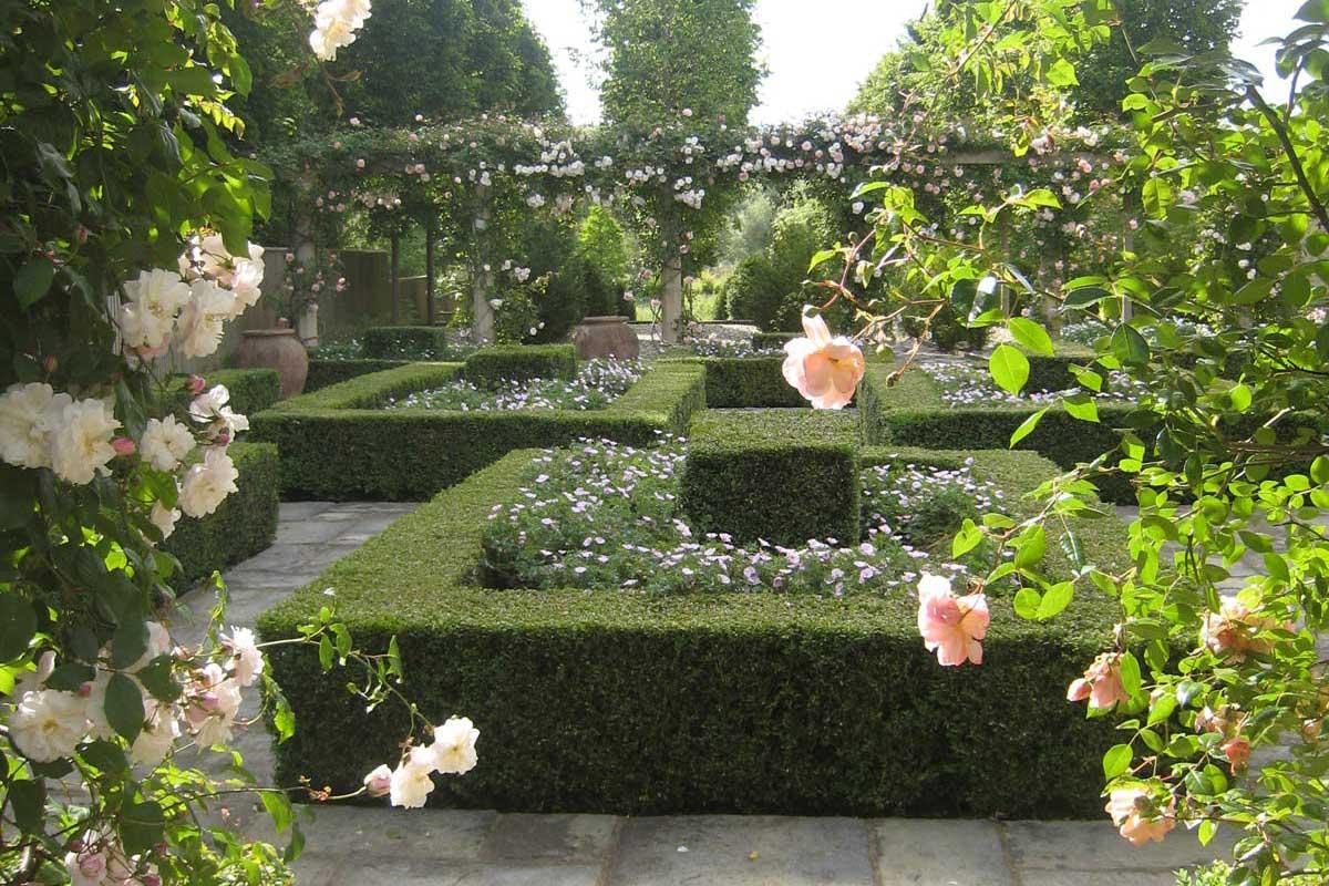 Magnificent Manor House Garden Design Co Download Free Architecture Designs Rallybritishbridgeorg